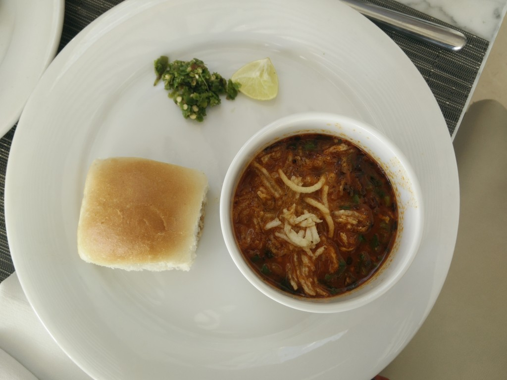 courtyard by marriott chakan misal