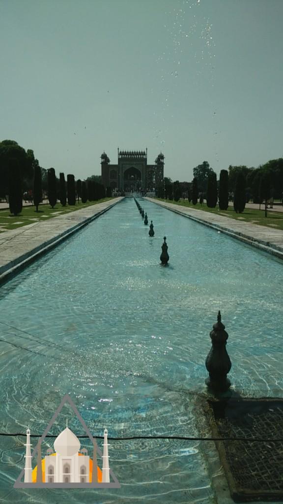taj-mahal-gardens
