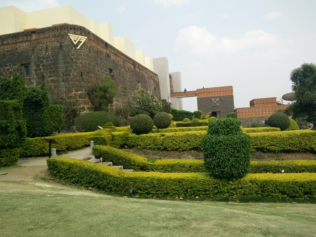 future theory music festival 2016 fort jadhavgadh