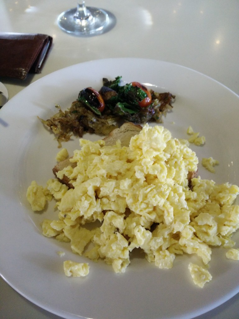 blue frog brunch eggs