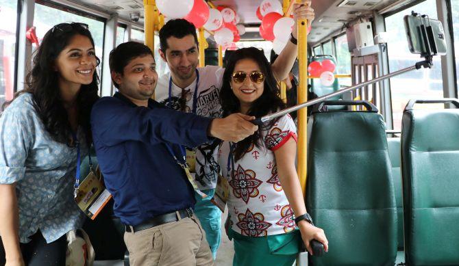mumbai darshan best mtdc selfie in bus